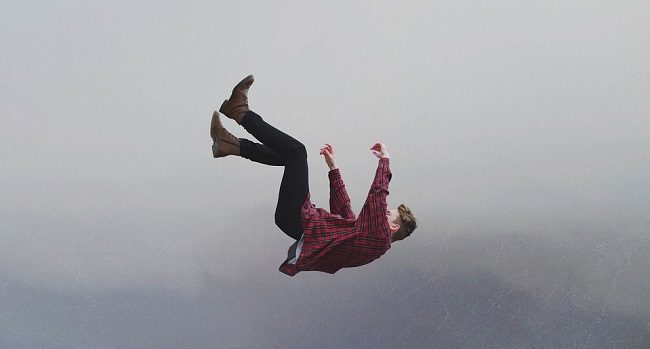 Dreams About Falling – Interpretation and Meaning