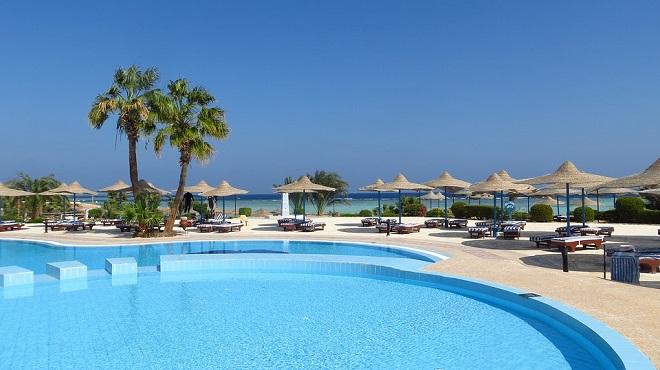 Dream of swimming pool interpretation and meaning - Dream interpretation swimming pool ...